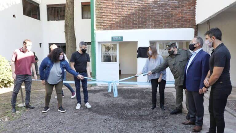 La ministra de Seguridad y los tres intendentes bonaerenses en la inauguración del edificio de Gendarmería Nacional.