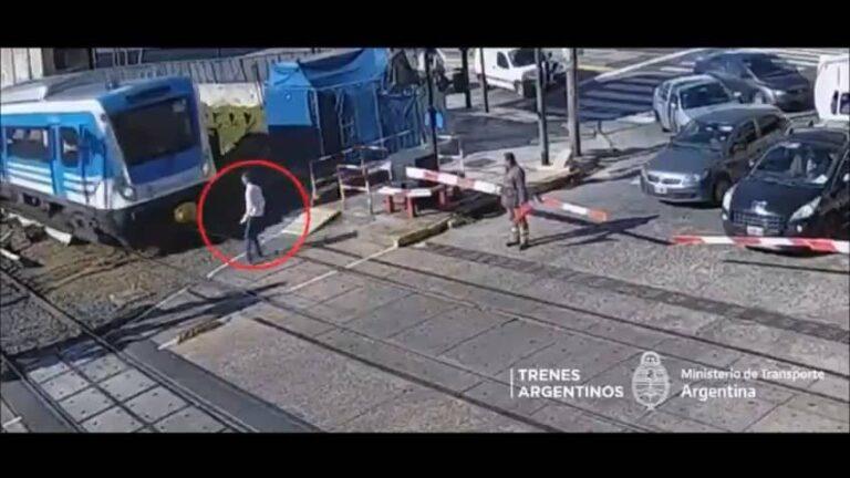 Motorman Frenó Y Evitó Suicidio Joven Tren Sarmiento