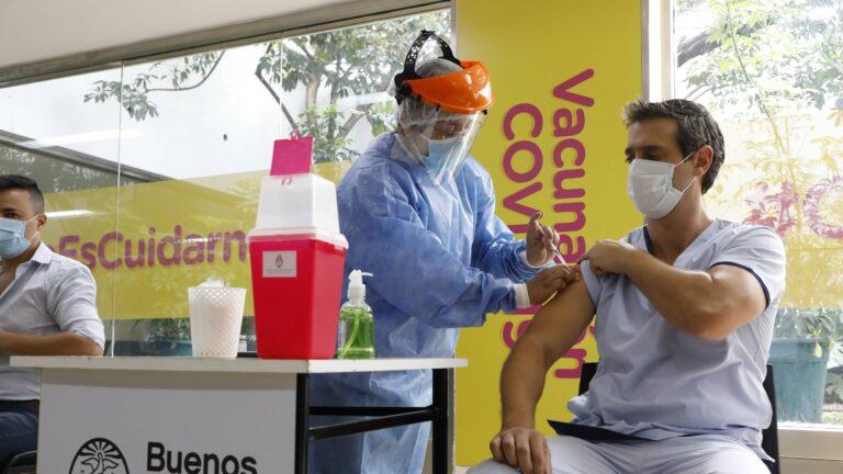 La Ciudad habilitó la inscripción de todos los mayores de 40 años para vacunarse contra el Covid-19