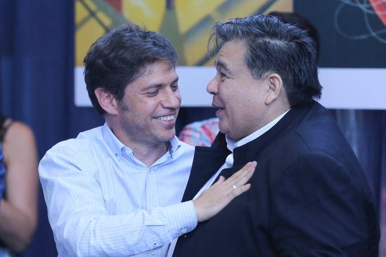 Mario Ishii y el secretario de Salud de José C. Paz Celestino Saavedra