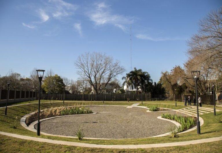 Plaza Beccar Reservorio Para Evitar Inundaciones
