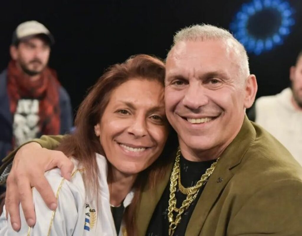 """Natalia con su hermano """"Acero"""" Cali, quien tuvo un polémico paso por el Concejo Deliberante de Escobar."""
