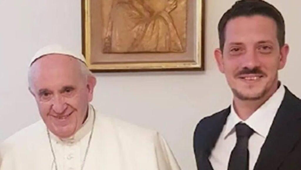 Papa Francisco Morón Sobrino Haciendo Lío