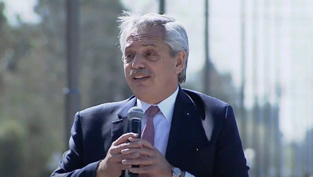 Alberto Fernández en Almirante Brown
