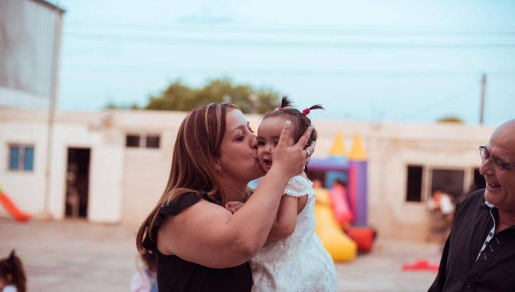 Dolor en Ituzaingó por dos abuelos y su nieta: quiénes eran las víctimas de la tragedia del Acceso Oeste