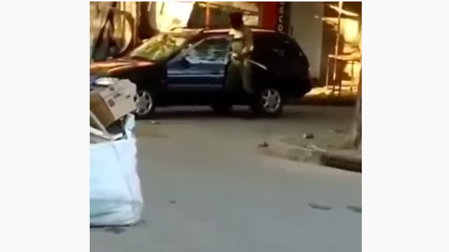El samurái del Conurbano: un hombre enmascarado amenazó con una katana a los vecinos