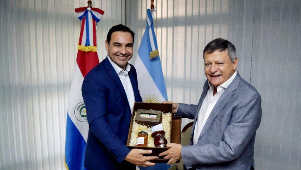 Gustavo Valdés Corrientes Embajador Arge ntino Paraguay