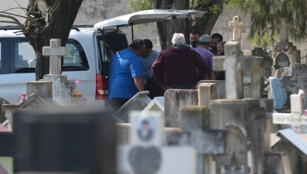 Dolor e indignación en la despedida de Lucas Cancino, el chico de 17 años asesinado en Quilmes